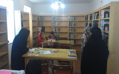 کتابخانه روستای هیزج تبدیل به یک کتابخانه فعال شده است