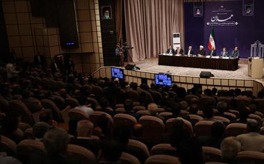 باید اقتصاد ایران را در دوران پساتحریم به گونه ای بسازیم که غیرقابل تحریم باشد