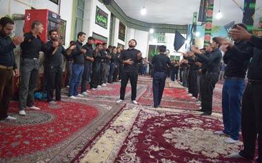 گزارش تصویری از مراسم عزاداری شب ششم محرم در مسجد حضرت ابالفضل العباس (ع) قهاوند